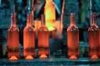 Fabrication de bouteilles chez OI Manufacturing à Béziers