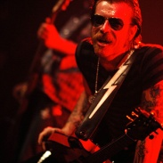 Eagles Of Death Metal en concert au Bataclan
