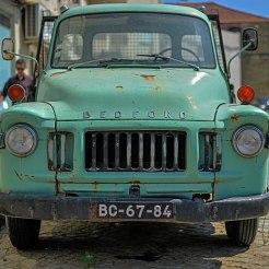 Pick-up Bedford vert au Portugal