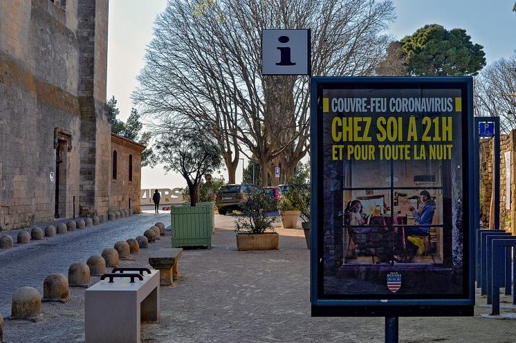 Couvre-feu Coronavirus affiche de la mairie de Béziers